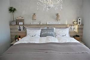 Tete De Lit Chic Et Design : t te de lit design et t te de lit faite maison 42 id es originales bricolage pinterest ~ Teatrodelosmanantiales.com Idées de Décoration