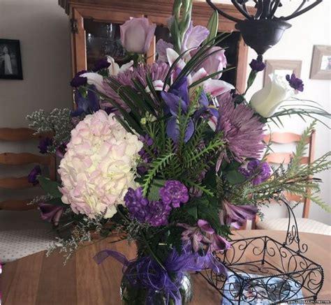 mazzo di fiori per una ragazza una ragazza statuitense ha ricevuto l ultimo mazzo di