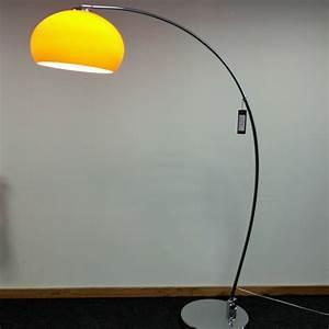 Stehlampe Retro Design : retro stehlampe 30 coole designs ~ Bigdaddyawards.com Haus und Dekorationen