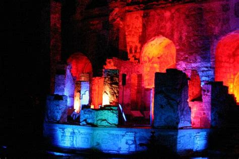 light and sound show picture of golkonda fort hyderabad