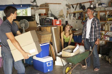 Garage Aufräumen Und Putzen Putzende