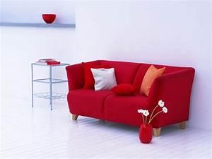 Flamme Möbel Sofa : rotes sofa ins innendesign einbeziehen inspirierende rote sofas ~ Frokenaadalensverden.com Haus und Dekorationen