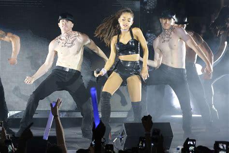 Ariana Grande 2015 Nyc Pride Dance On The Pier 10 Gotceleb