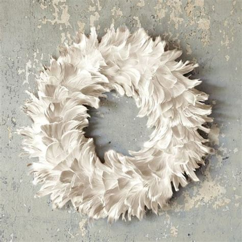 feather holiday wreaths and more decorating links