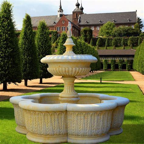 Großer Garten Kaskaden Brunnen  La Vilette • Gartentraumde