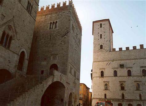 VisitsItaly.com - Umbria Region - Terni - Pictures of Terni