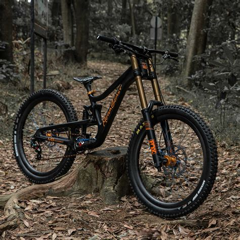 Downhill Mountain Bike Tires  Bicycling And The Best Bike