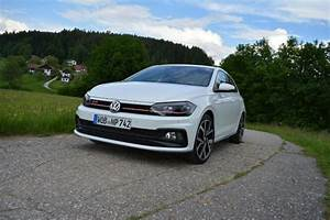 Polo 2018 Gti : first road test 2018 volkswagen polo gti motor illustrated ~ Medecine-chirurgie-esthetiques.com Avis de Voitures