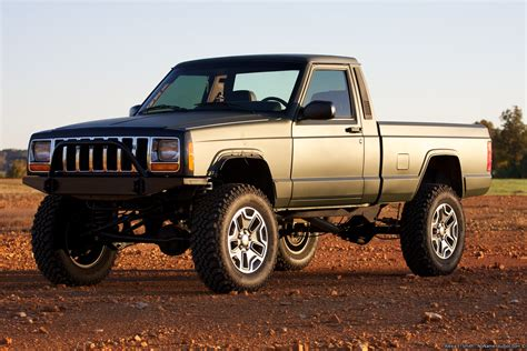 lifted jeep truck lifted jeep comanche 4x4 build ideas truck pics