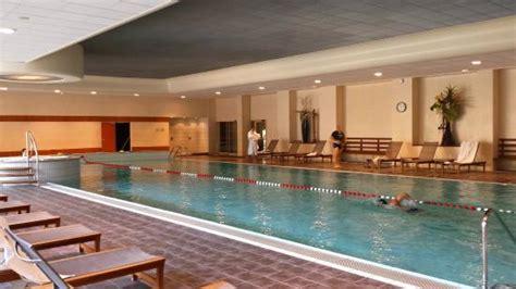 grande piscine int 233 rieure photo de hotel lyon metropole
