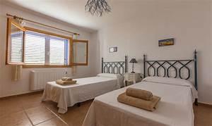 Klimaanlage Für Zimmer : ferienhaus ibiza cala tarida f r 6 personen mit pool und klimaanlage ~ Buech-reservation.com Haus und Dekorationen