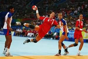 ¿Cuánto mide una cancha de handball? – Microrespuestas