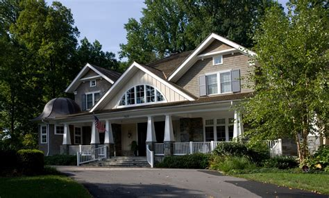 What Defines A Luxury Craftsman Style Home?