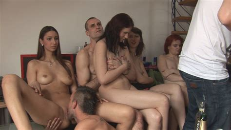 Group Orgy Fucking Amateur Porn Pic