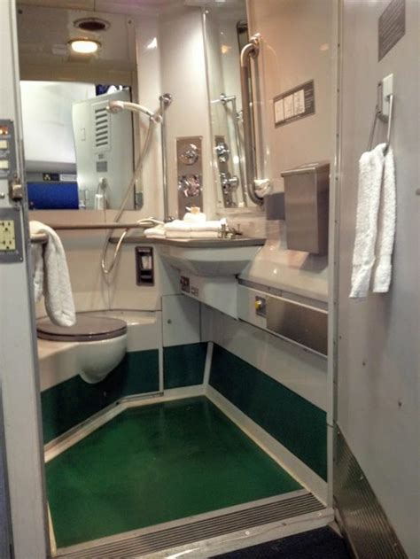 Do All Amtrak Trains Bathrooms by All About Amtrak Sleeping Accommodations On Overnight Trains