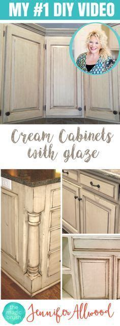 shabby chic painted kitchen cabinets best 25 chalk paint cabinets ideas on chalk 7911