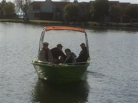 Fishing Boat Hire Yarrawonga by Mals Boat Hire Home