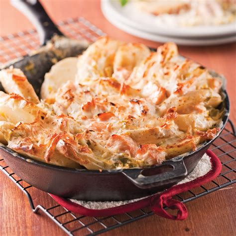 cuisine recettes pratiques tartiflette au saumon et poireaux recettes cuisine et