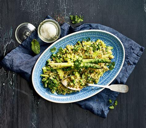 couscous salat mit gemuese und kraeutern annemarie