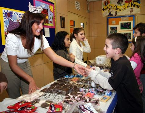 staten island parents applaud   bake sale ban