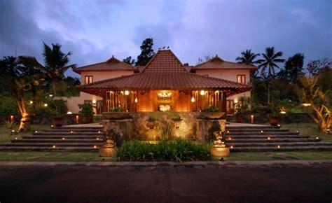 arsitektur untuk indonesia 5 keunikan rumah adat jawa tengah yang akan membuat anda