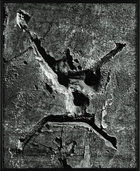 brassai  language   wall american suburb
