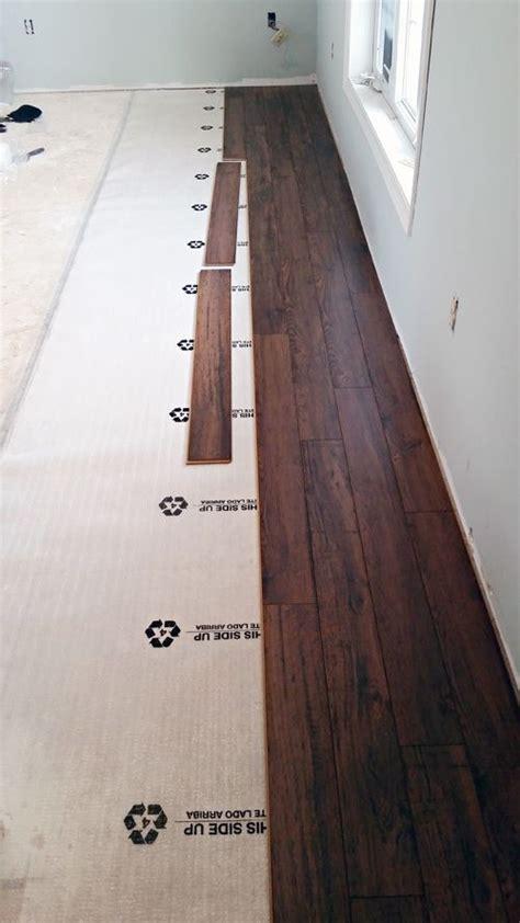kitchen flooring installation best 25 laminate flooring ideas on laminate 1698