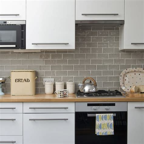 kitchen tiled splashback ideas change your cabinet doors and handles update your