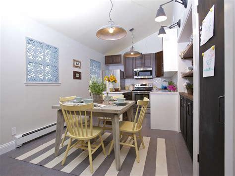 coastal kitchen table coastal kitchen with driftwood like table 50335 house 2284