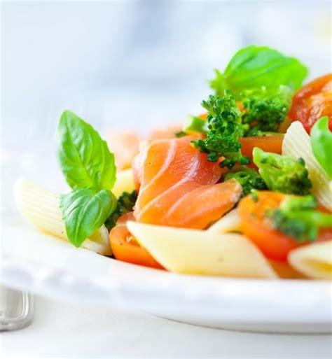recette salade de p 226 tes au saumon 750g