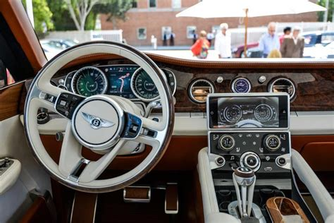 Inside The 2014 Bentley Suv. What A View!