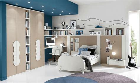 chambre gar輟n bleu chambre garçon 10 ans idées comment la décorer