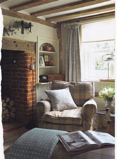 cottage livingroom pin by bernard toulgoat on country cottage living room