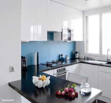 deco cuisine bleu crédence cuisine déco bleu dans cuisine blanche