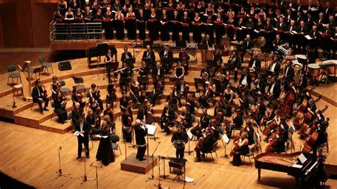 Un Orchestre Joue Tous Les Classiques Du Hip-hop Américain