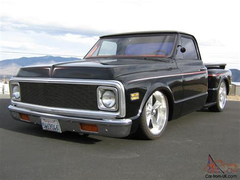 chevy  stepside pickup truck chopped bagged
