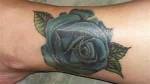 Kleiner Schmetterling Tattoo : ein kleiner schmetterling tattoo pictures to pin on pinterest ~ Frokenaadalensverden.com Haus und Dekorationen