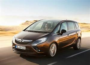 Opel Ampera Commercialisation : opel zafira tourer 2012 tout nouveau et tout beau vid o blog automobile ~ Medecine-chirurgie-esthetiques.com Avis de Voitures