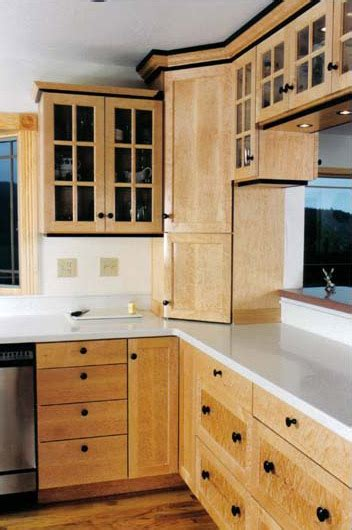 birdseye maple kitchen cabinets birdseye maple kitchen cabinets kitchen design ideas 4640