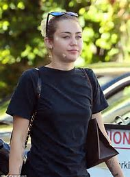 Miley Cyrus Face Pics
