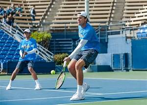 Men's tennis defeats USC in close match, moves on to NCAA ...