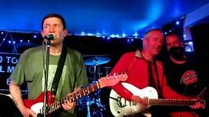 Paul Heaton & Stan Cullimore - Me and the Farmer - YouTube
