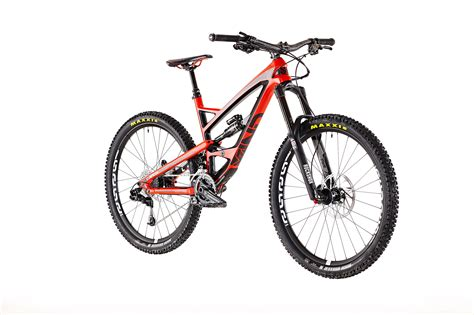 Yt Industries Launches Consumer-direct Sales In North