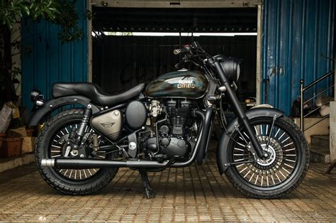 Royal Enfield Classic 350 Image by Royal Enfield Classic 350 Thakur By Eimor Right Side