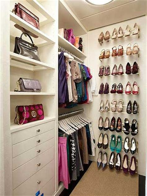 walk in closet organization ideas closets pequenos modernos funcionais bonitos e decorados Diy