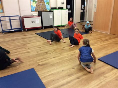 Fantastic Gymnastic! - Eleanor Palmer Primary School