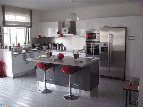 deco cuisine blanc et décoration cuisine blanc et grise exemples d 39 aménagements