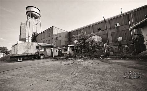 Rear View of the Genesco Shoe Factory, Tullahoma, Coffee ...