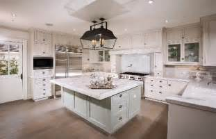 decorating ideas for small kitchens coastal look with hton style kitchens