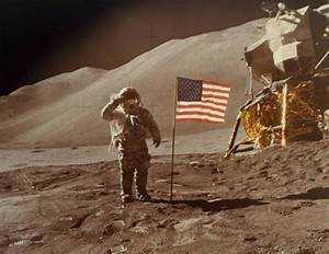 12 Amazing Vintage Photos of The Moon and Apollo Missions ...
